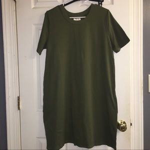 [2for$25] Mud Pie olive dress (has pockets!)